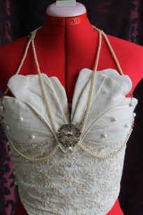 Victorian-Inspired Embroidered Cotton Bustier with Petals