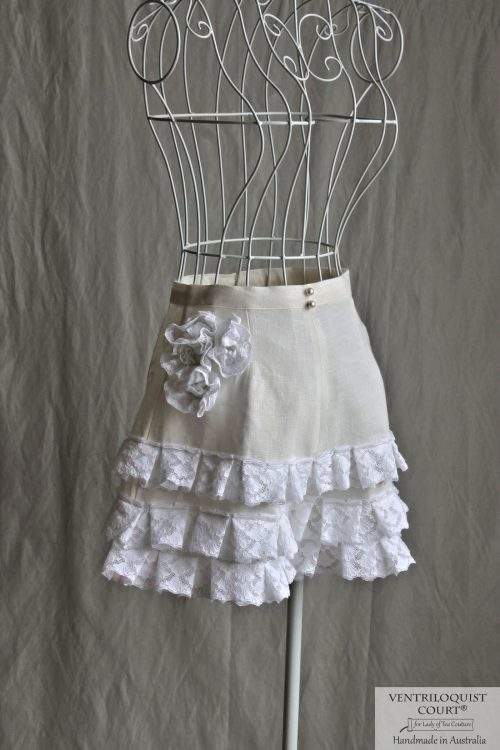 High-waist Cream Linen Shorts