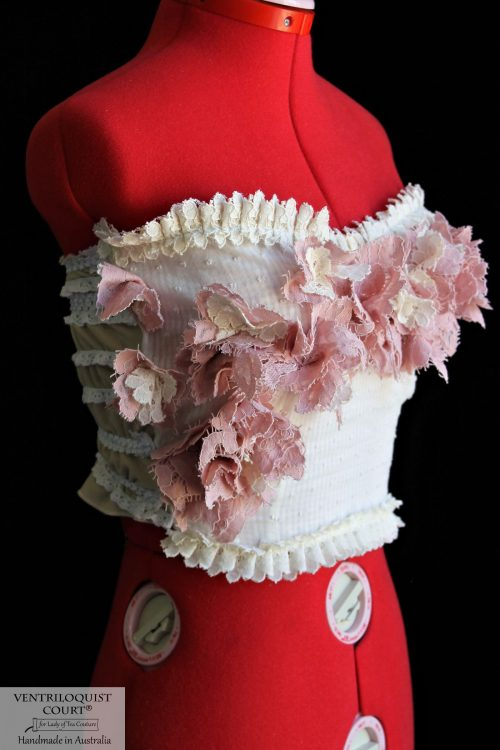 Romantic floral bustier with lace trim
